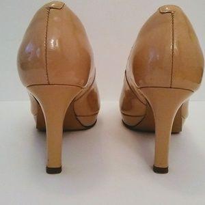 b3ade9e5b79 Clarks Shoes - Clarks Delsie Britta Nude Pumps 6.5M